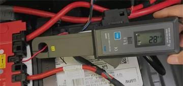 ETCR6000B钳形漏电流表维修判断蓄电池亏电方法